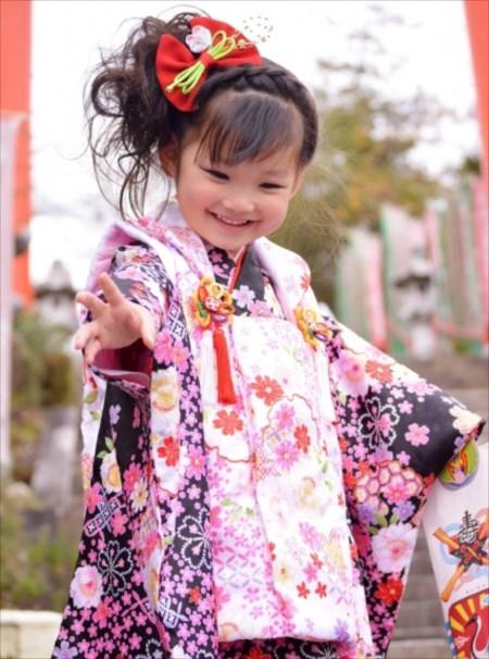 入学式や卒業式、七五三など子どもの特別な日には家族写真を撮ろう